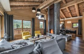 Property to rent in Megeve. New chalet consisting of two independent houses, with an elevator, a pool, a jacuzzi and a gym, Megeve, France
