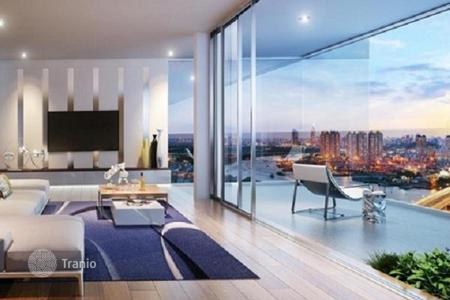 Cheap residential for sale in Southeast Asia. Apartment in a new complex with fitness-club, pool and spa at the Saigon riverside, Ho Chi Minh, Vietnam