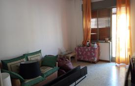 Apartments for sale in Catania. Cozy four-room apartment in the center of Catania, on the island of Sicily