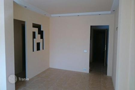 Cheap townhouses for sale in Catalonia. Terraced house – Sant Carles de la Ràpita, Catalonia, Spain