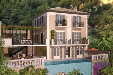 5 bedroom off-plan houses for sale in Côte d'Azur (French Riviera). Three-storey villa in Beaulieu-sur-Mer