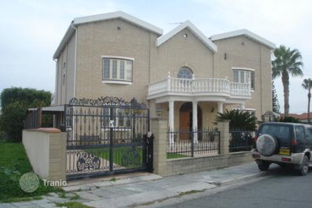 5 bedroom houses for sale in Aradippou. Five Bedroom Luxury Detached House — Reduced