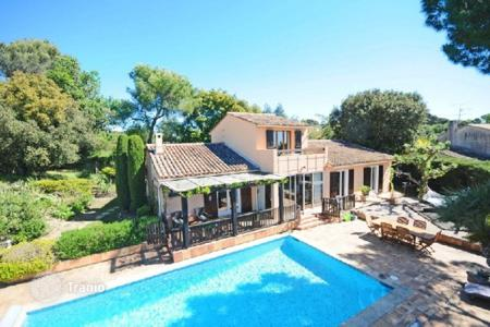 5 bedroom houses for sale in La Roquette-sur-Siagne. Villa – La Roquette-sur-Siagne, Côte d'Azur (French Riviera), France