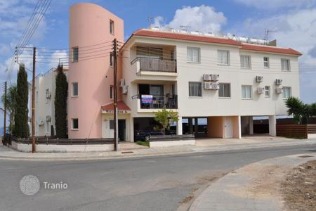 Cheap 2 bedroom apartments for sale in Paralimni. Two Bedroom Apartment with Communal Pool — Reduced