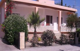 3 bedroom houses for sale in Nicosia. 3 Bed Detached House in Geri