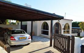 4 bedroom houses for sale in Cyprus. Chalet – Tala, Paphos, Cyprus