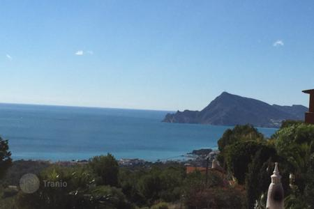 Luxury houses for sale in Altea. Luxury villa of 4 bedrooms with pool terrace, sauna, gym and jacuzzi in Altea