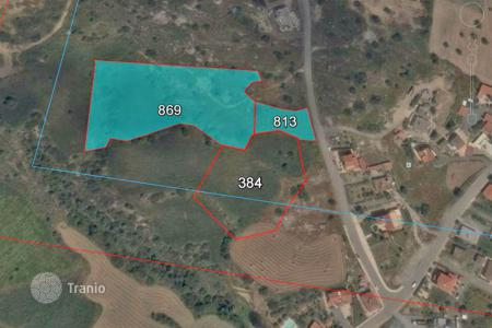 Land for sale in Tochni. Building Land