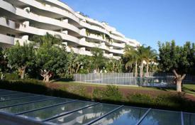 Luxury 3 bedroom apartments for sale in Marbella. Apartment with fabulous views in Puerto Banús