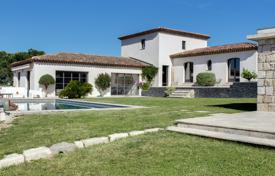Luxury 4 bedroom houses for sale in Vallauris. Beautiful Contemporary Style Villa