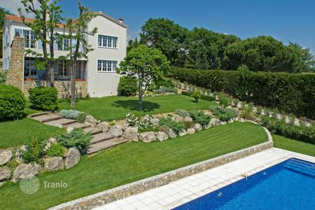 4 bedroom houses for sale in Vallauris. Super Cannes — Charming villa