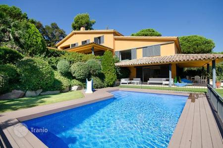 Luxury houses for sale in Catalonia. Villa – Sant Vicenç de Montalt, Catalonia, Spain