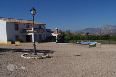 Agricultural land for sale in Costa del Sol. Cortijo for sale in Antequera