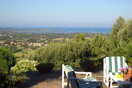 Houses with pools for sale in Sardinia. Villa – San Teodoro, Sardinia, Italy