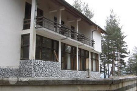 Houses with pools for sale in Mountains in Bulgaria. Townhome – Sandanski, Blagoevgrad, Bulgaria