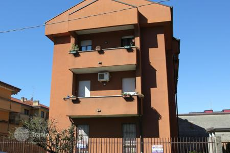 Residential for sale in Monza. Apartment – Monza, Lombardy, Italy