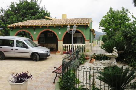 Chalets for sale in Valencia. Chalet – Valencia, Spain