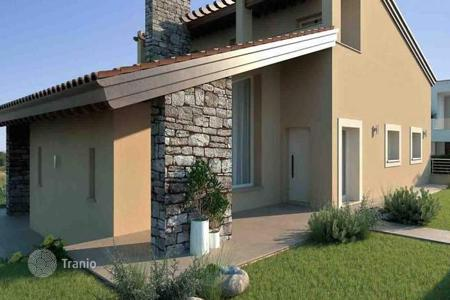 Residential for sale in Pontedera. Apartment – Pontedera, Tuscany, Italy