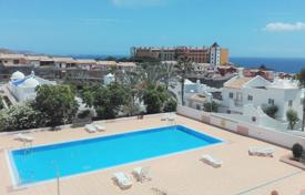 Cheap apartments for sale in Southern Europe. Apartment – Adeje, Canary Islands, Spain