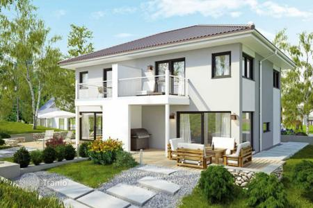 Houses for sale in Germany. Detached house – Frankfurt am Main, Hessen, Germany
