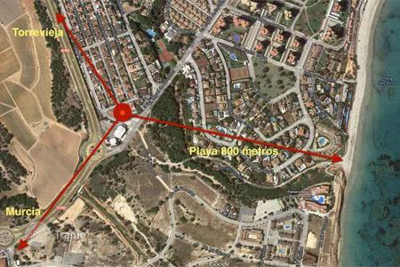 Land for sale in Valencia. Orihuela Costa, Dehesa de Campoamor, plot of 2300 m² for construction of 2 detached Villas