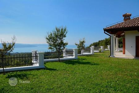 4 bedroom houses for sale in Slovenia. Villa – Obalno-Cabinet, Slovenia