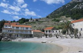 Cheap residential for sale in Croatia. Apartment with sea view in a two-storey house, Orebic, Croatia. High rental potential!