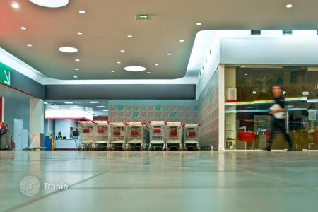 Business centres for sale in Stuttgart. Shopping center with yield of 7.1%, Stuttgart, Germany