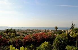 Property to rent in Vallauris. Golfe-Juan — Villa to rent — Magnificent sea view