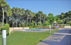 Townhouses for sale in Catalonia. Terraced house – Lloret de Mar, Catalonia, Spain