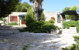 "Residential for sale in Province of Lecce. Sale estate ""CASA PETRA"" a few steps from the beaches of Salento"