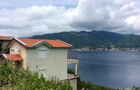 2 bedroom houses by the sea for sale in Tivat. Villa – Krasici, Tivat, Montenegro