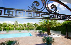 Luxury 2 bedroom houses for sale in Italy. Empire style villa with garden and swimming pool, in Padenghe, Italy