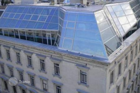 Property for sale in Vienna. Penthouse with roof terrace in the 1st district of Vienna, near the Town Hall