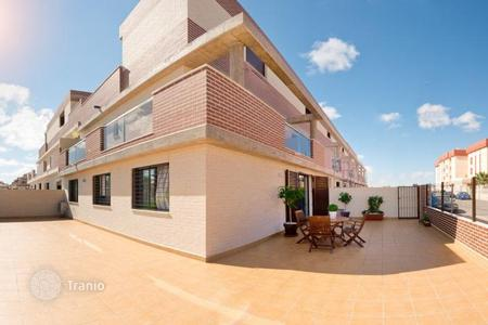 Off-plan terraced houses for sale in Europe. Terraced house – Orihuela Costa, Valencia, Spain