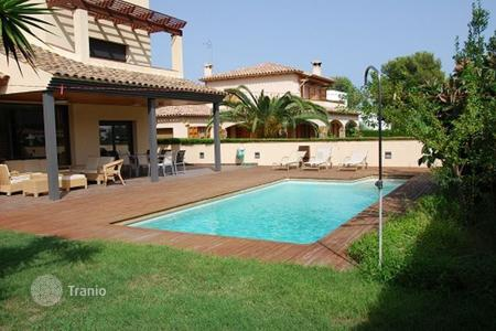 5 bedroom houses for sale in Coma-ruga. Villa - Coma-ruga, Catalonia, Spain