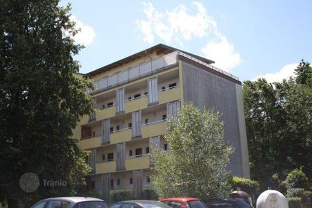 Apartments for sale in Nuremberg. Apartment with terrace in a green area Langwasser, Nuremberg