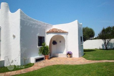 Coastal villas and houses for rent in Lazio. Villa - Sabaudia, Lazio, Italy