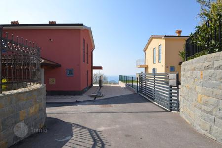 3 bedroom houses for sale in Slovenia. Townhome – Izola, Obalno-Cabinet, Slovenia