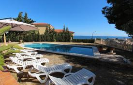 4 bedroom houses for sale in El Campello. Villa of 4 bedrooms with private pool and BBQ area in El Campello