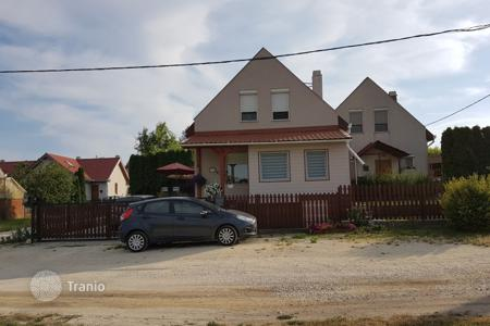 Property for sale in Fejer. Apartment - Etyek, Fejer, Hungary