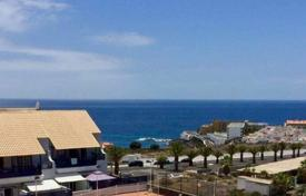 Apartments with pools for sale in Callao Salvaje. Loft – Callao Salvaje, Canary Islands, Spain