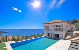 4 bedroom houses for sale in Theoule-sur-Mer. Villa – Theoule-sur-Mer, Côte d'Azur (French Riviera), France