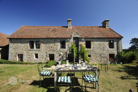 Villas and houses to rent in Normandy. Grange Bellevue