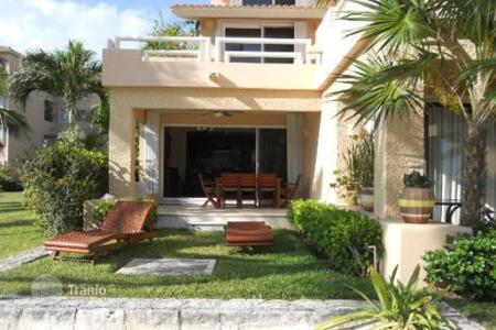 4 bedroom houses for sale in Mexico. Villa – Puerto Aventuras, Quintana Roo, Mexico