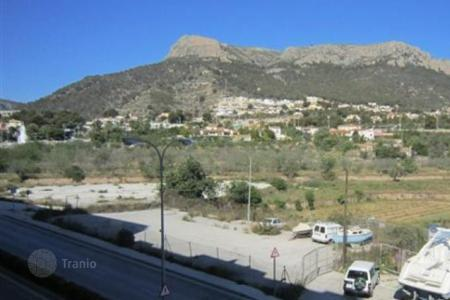 Cheap 4 bedroom houses for sale in Spain. Apartamento of 4 bedrooms in Calpe
