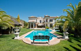 Property for sale in Andalusia. Villa – Malaga, Andalusia, Spain