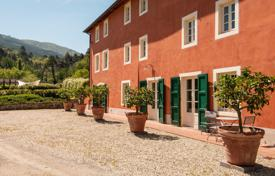 6 bedroom villas and houses to rent in Capannori. Villa – Capannori, Tuscany, Italy