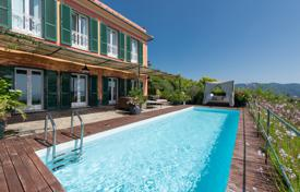 Furnished two-storey villa with a swimming pool, a garden, an olive grove and a view of the sea, Portofino, Italy. Price on request