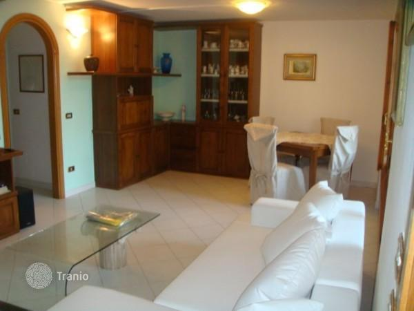 Buy apartment in Forte dei Marmi, inexpensive second homes 20014